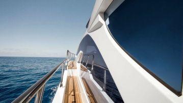 megayachts-charter